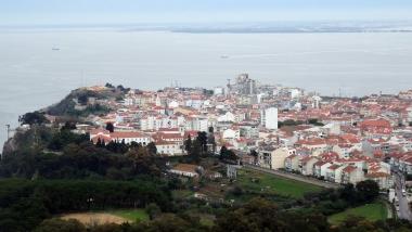 Blick auf Almada